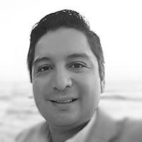 Carlos Olivas - Desarrollador Senior
